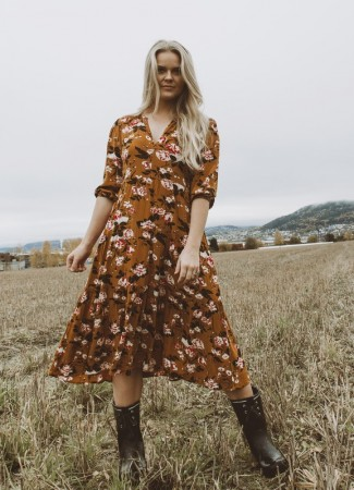 MISSMAYA Sofie Midi Dress Autumn