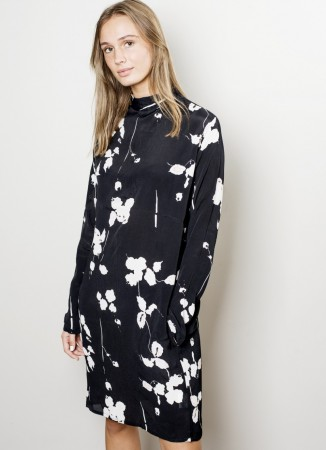 MISSMAYA Sienna Dress Black Flower