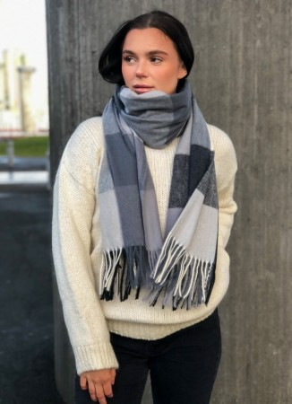 NOMA Big Plaid Scarf Grey White