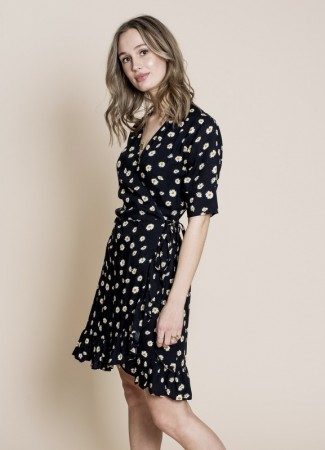MISSMAYA Irina Wrap Dress Daisy Flower
